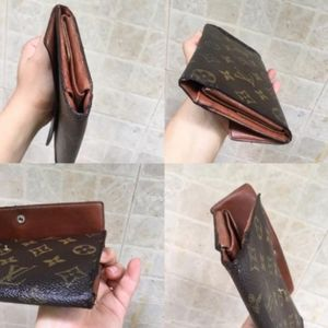 Louis Vuitton Bags - Sarah monogram Louis Vuitton trifold wallet